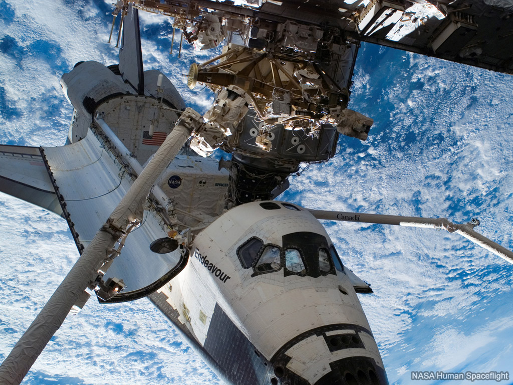 Shuttle endeavour at iss free space wallpaper on sea and sky - Wallpaper iss ...